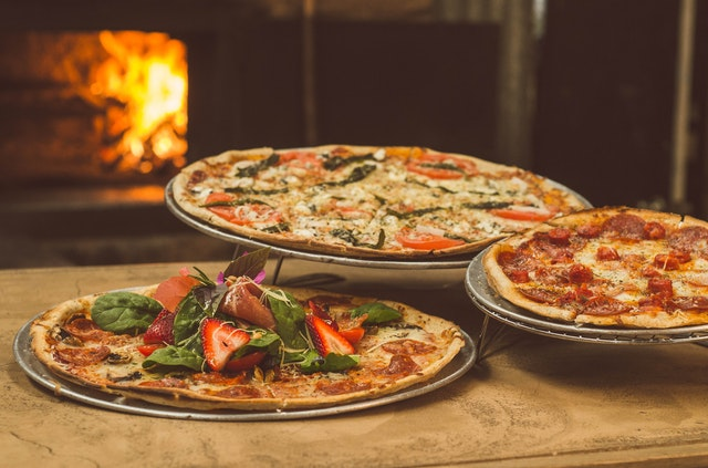Types of amazing pizzas that you should try once!