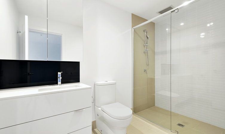 10 In-Budget Bathroom Upgrades For Renters