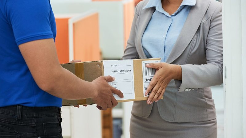 Importance of efficient international courier service for an organization