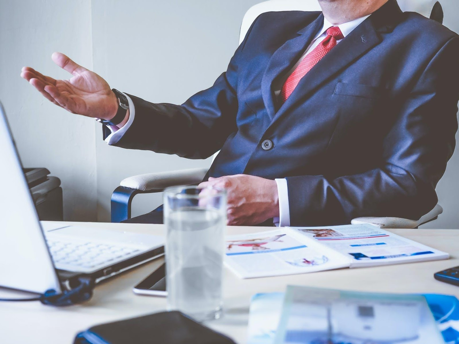 What Is the Role of a Company Registration Consultant? Why Do You Need That?