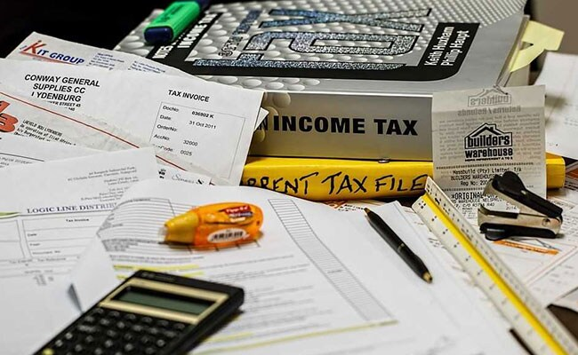 Tax filing guide- Get the best tips to save money on tax
