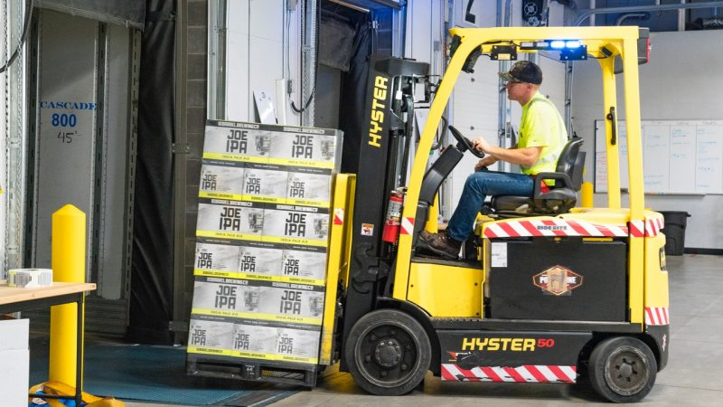 Used Moffett Forklift Scheduled Maintenance: What to Expect?